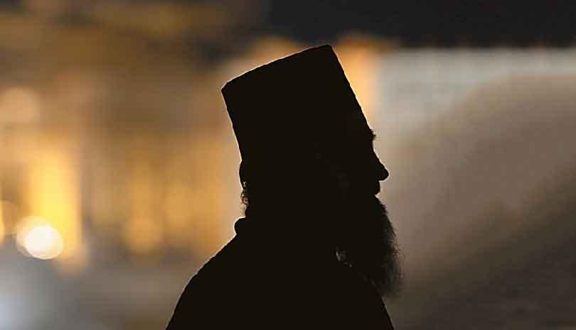 Κρήτη : Μοναχός με όπλο και σφαίρες συνελήφθη στο αεροδρόμιο Ηρακλείου