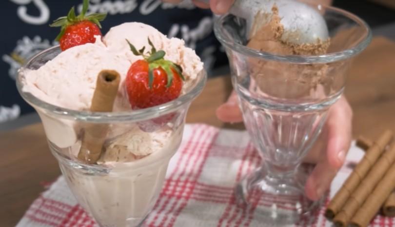 Παγωτό με 2 Υλικά σε 2 γεύσεις