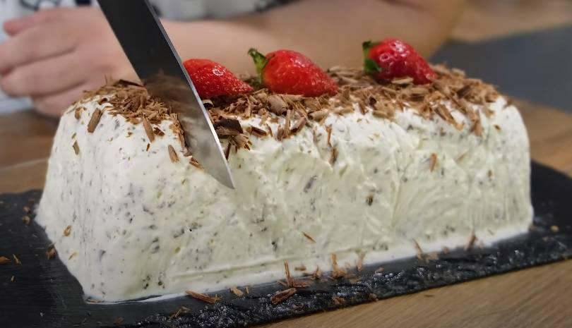Τούρτα Παγωτό Stracciatella σε 5' Με μόνο 3 Υλικά