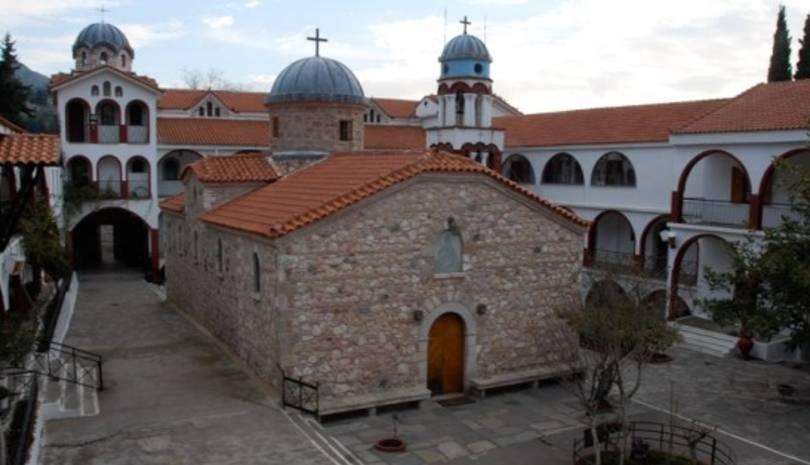 Από θαύμα σώθηκε η μονή του Οσίου Δαυίδ από τη φωτιά στην Εύβοια